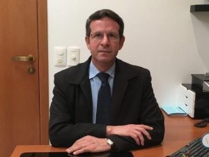 Dr. Eduardo Itikawa